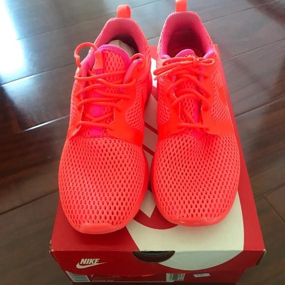 Nike Shoes Gratis 30 Coral Neon ColorPoshmark Ridge One Hype i Neon Coral Poshmark